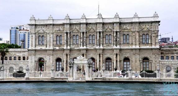 伊斯坦布尔多玛巴切新皇宫